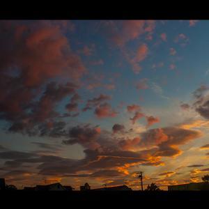 絵画の様な美しい夕景