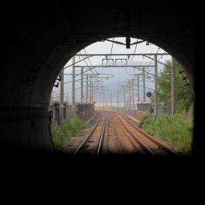 快速マリンライナー13号(高松行)パノラマシートの右側窓側席結構ススメですよ~