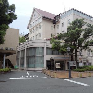 現在は新館に移転した宝塚ホテルの「大正生まれの旧館」に解体前に泊まってきた。