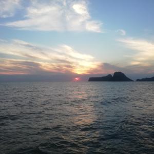 新年ご挨拶  タイの海辺の田舎町より