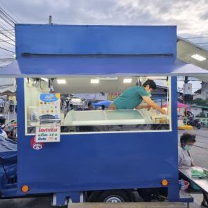 創業35年の自家製アイスクリーム屋台