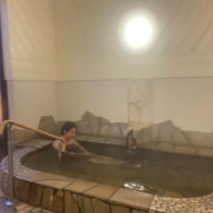 三密回避で家族湯へ トロトロ湯いづみ乃湯