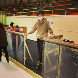 せっかく釧路に来たらスケート滑りに行きましょう!