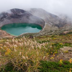 お釜を見ながらサクッと蔵王山(熊野岳)登山
