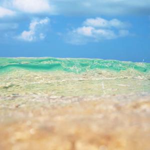 沖縄に行ったら ぜひ訪れたいビーチ♪【瀬底ビーチ】