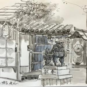 御池通り高倉角御所八幡宮境内の吽像狛犬