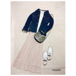 UNIQLOプリーツスカート+H&Mパイソン柄バッグ