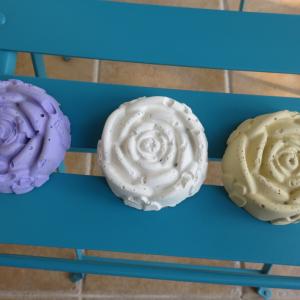 ◆手作りの薔薇型オブジェ