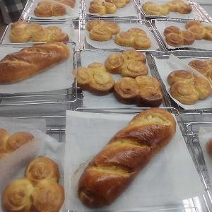 チーズパン★ピーナツパン !!