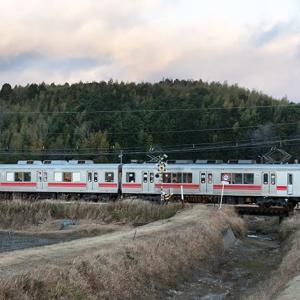 赤帯にもなんとか遭遇出来ました(苦笑) 伊賀鉄道200系 #2