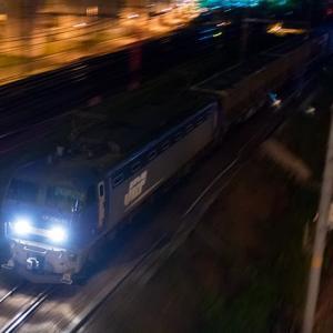 やはり前後の列車の印象が強かったんで(苦笑) EF200-15 #5