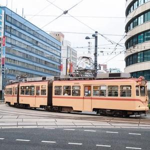カーブを曲がるトコが画になりますなあ♪ 広島電鉄3000形 #17