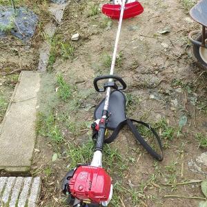 草刈り機新調