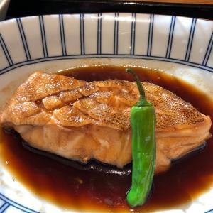 梅山鉄平食堂【博多】~魚が美味すぎて感動レベル