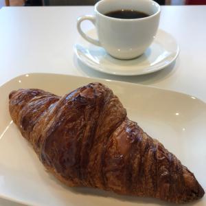 デリフランス【横浜】④~パン屋さんのお得なクロワッサンモーニング