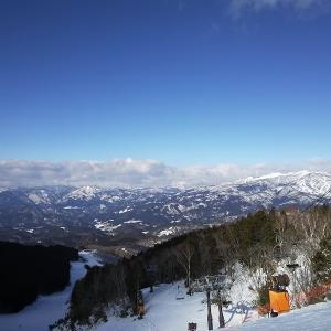 今日は奥美濃の鷲ヶ岳スキー場に来ました。