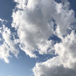 冬の空と雲を