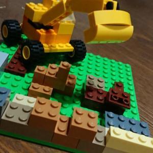 長女次女のプレゼント〜〜レゴで色々作れるんだね〜