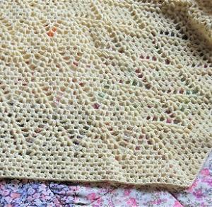 ストールの縁編みが終わりました