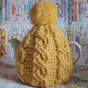 ティーコゼーを編みました