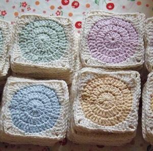 モチーフ144枚編み終わりました