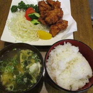 500円唐揚げ定食 「天秤棒 難波店」