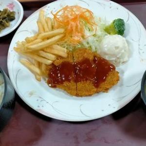 京都府立医科大学附属病院でミンチカツランチを「レストラン フレール」