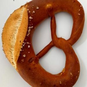 ハプスブルグ家御用達のパン~9月19日オープン「Hofbackerei Edegger-Tax (ホーフベッカライ エーデッガー・タックス)」