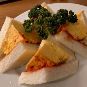 「まいどおおきに食堂」の厚焼き玉子サンドイッチ~「喫茶グリル ピノキオ 天三店」