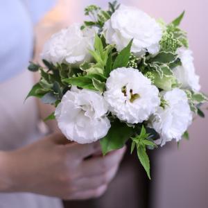 初めてのブーケレッスンは白い花で♪