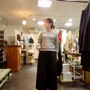 これは半分スカートかもしれません。