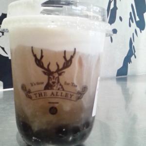 THE ALLEY(ジ アレイ) チーズクリーム白桃烏龍+タピオカ