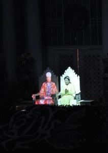 「夜の神様、昼の神様」の結婚式は基元節に行われた