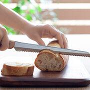 欲しいキッチンアイテム「パン切包丁」