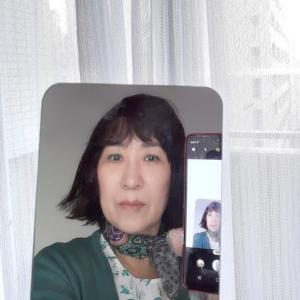 鏡に写った自分、  ( 4月18日)