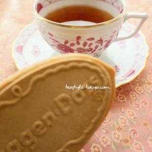 【暮らしの中のティータイム】ハーゲンダッツと紅茶