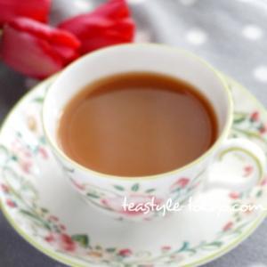【暮らしのティータイム】紅茶と花のある暮らし