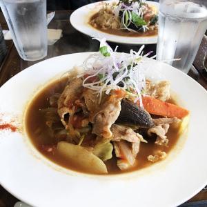 ゴッホ展と有機野菜のスープカレー♪