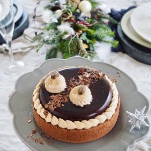 艶々チョコレートケーキでウエルカム♪