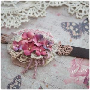 秋色紫陽花のブレス、作っています♪
