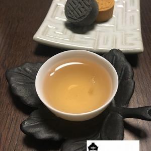 鉄観音茶と緑豆糕