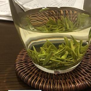 読書と楽しむ中国緑茶