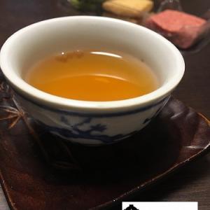 英徳紅茶と六花亭のクッキー