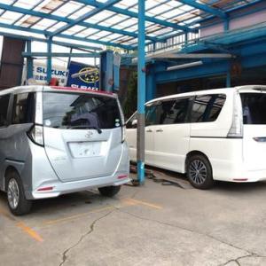 工場ではお納めする予定の中古車の新規登録(車検整備)が続いております!