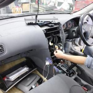 代車稼働中の日産「サニー」最終型は使命を終え処分売却の為準備を進めます!