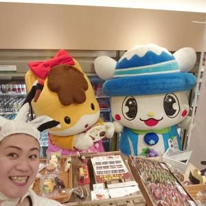 鶴をかぶった群馬の商品とお店専門の宣伝販売員・群馬の鶴子の今後の出動スケジュール