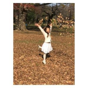 昨年の暮れになりますが、6歳の記念に写真家の大野さんに撮っていただきました。