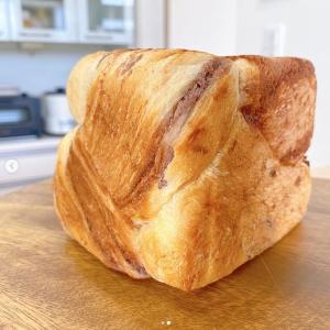 【英語3行日記】ふわふわ焼きたてパンを両親へ