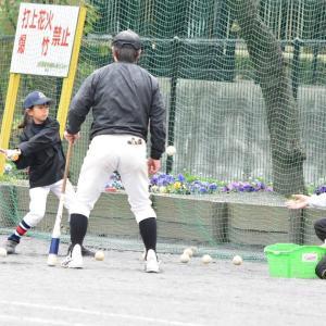 女子だって野球やろうよ!