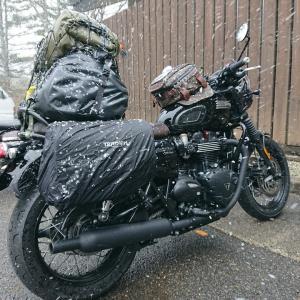 思惑大外れの雪中暴風キャンツー♪